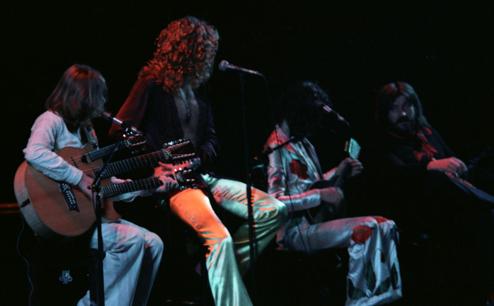 led zeppelin revisited their 40th year anniversary at madison square garden render edge. Black Bedroom Furniture Sets. Home Design Ideas