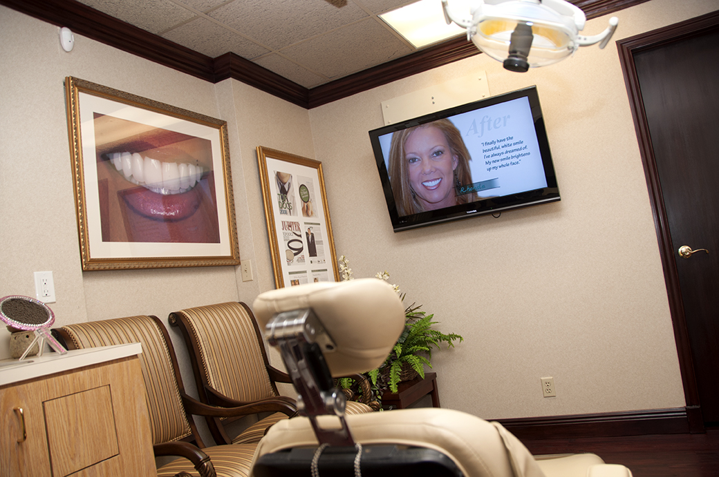 Digital Display running custom video loop at PGA Center for Advanced Dentistry