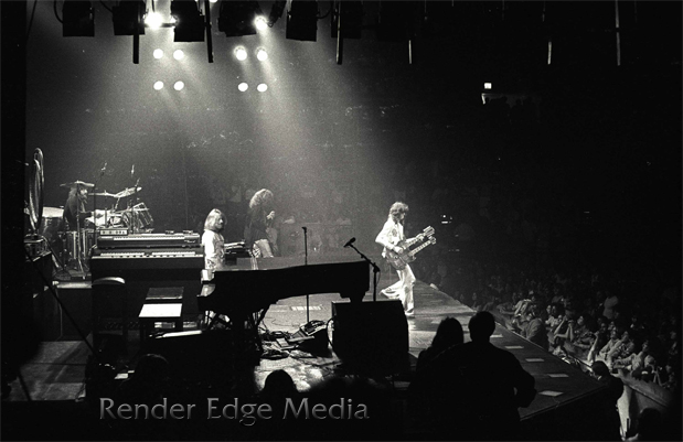 led zeppelin at madison square garden june 11 1977 render edge media llc